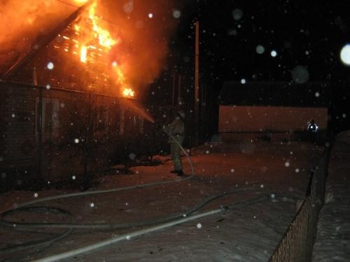 Человек погиб на пожаре в Шатковском районе
