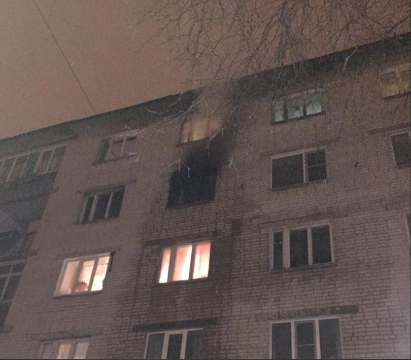 Два человека пострадали на пожаре в Нижнем Новгороде