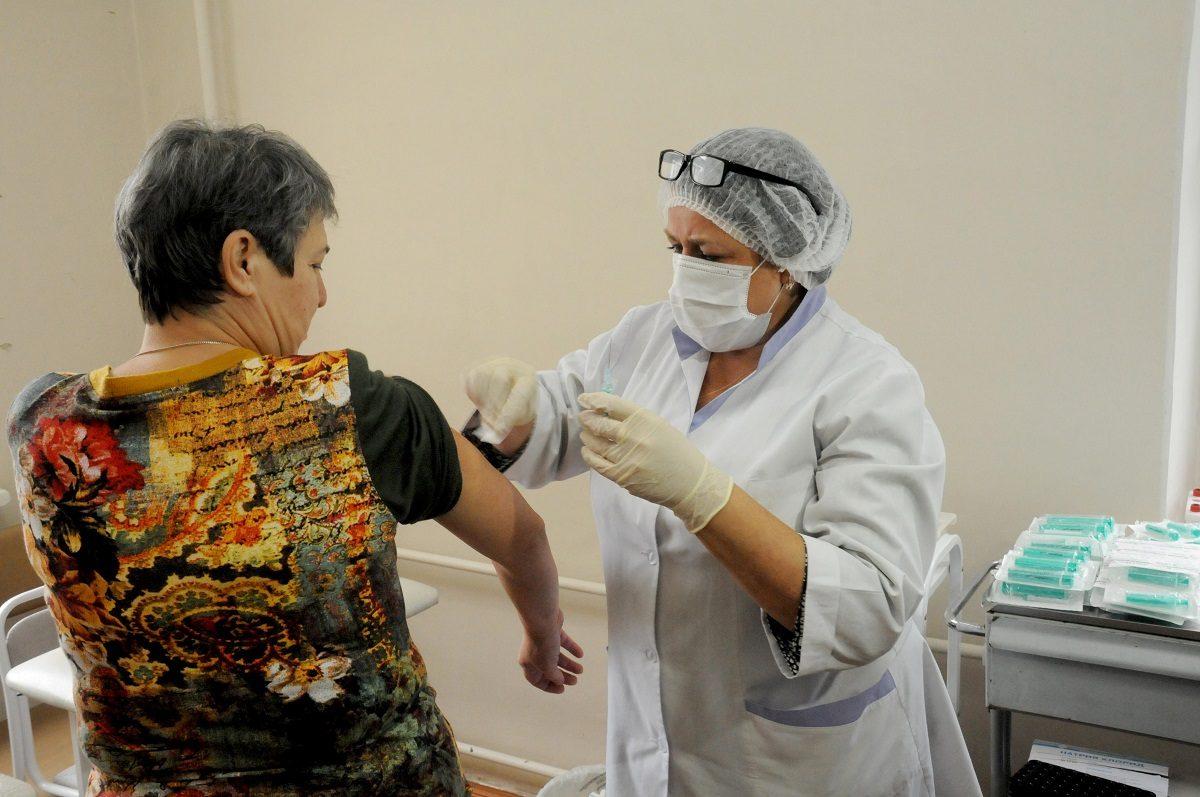 Вирусолог рассказал, можно ли доверять российской вакцине от коронавируса