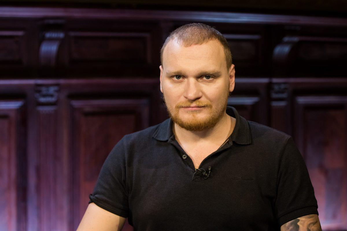 Ведущего «Битвы экстрасенсов» Сергея Сафронова обвинили в вымогательстве