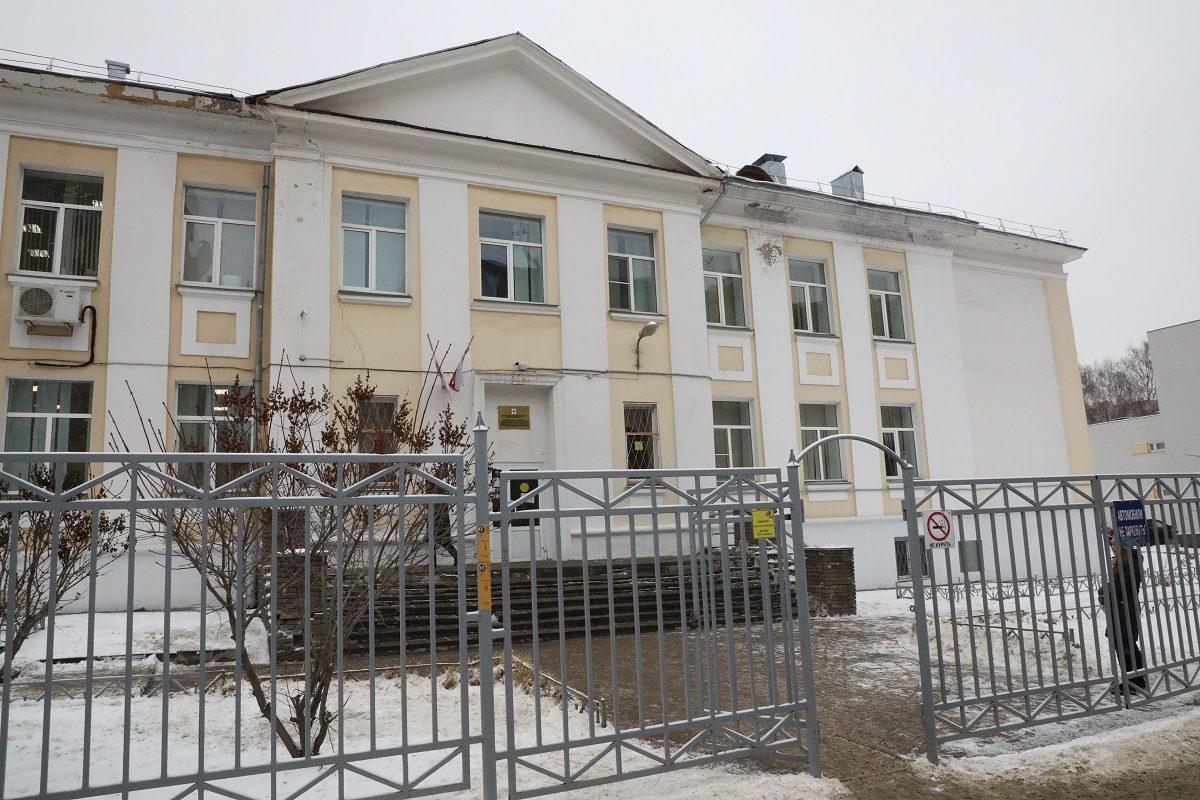 Нижегородских школьников в пандемию заставляли ходить на платные занятия