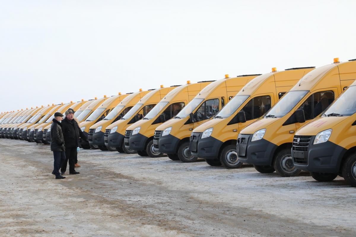 Нижегородские школы получили новые автобусы