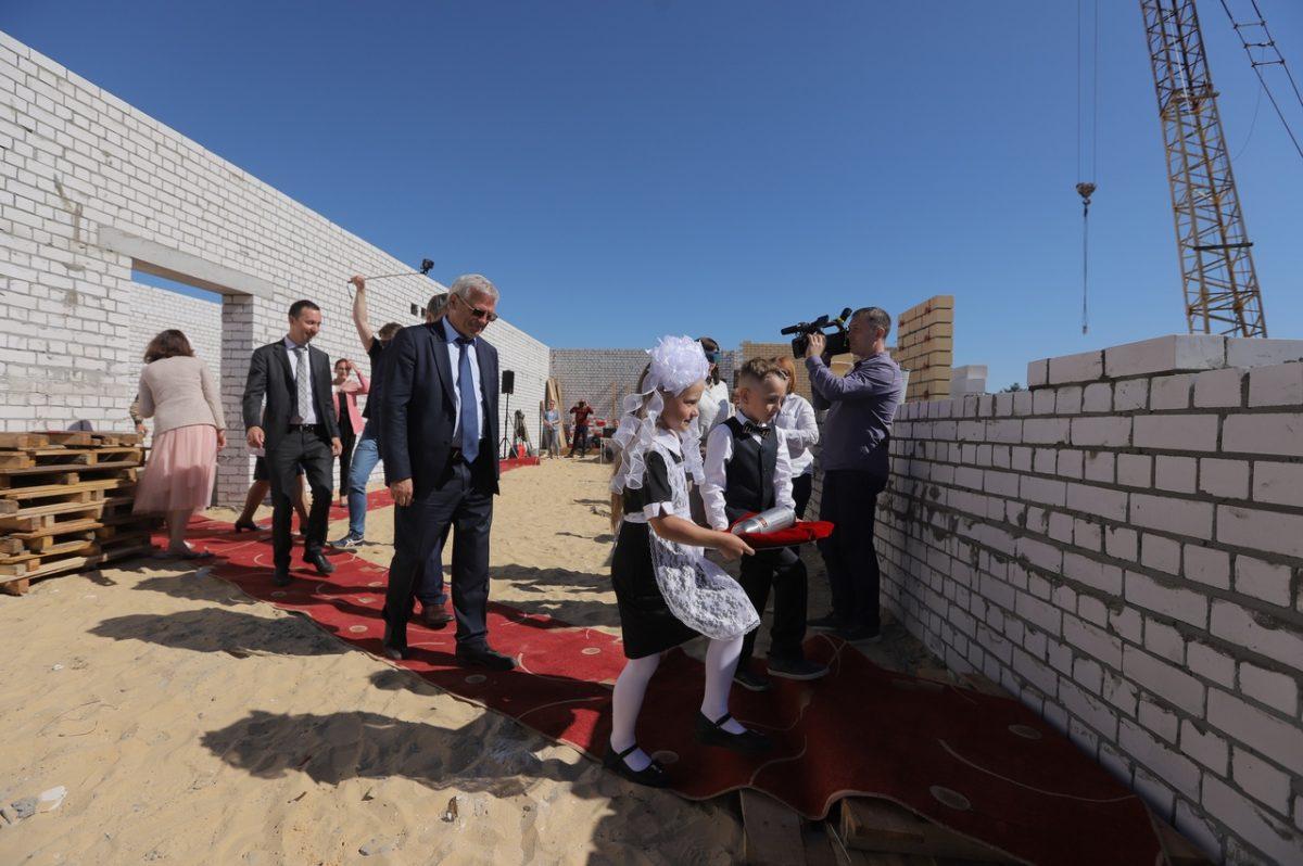 строительство школа дзержинск
