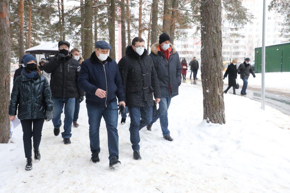 Глеб Никитин проверил благоустройство парка «Утиное озеро» иЦентрального парка вДзержинске