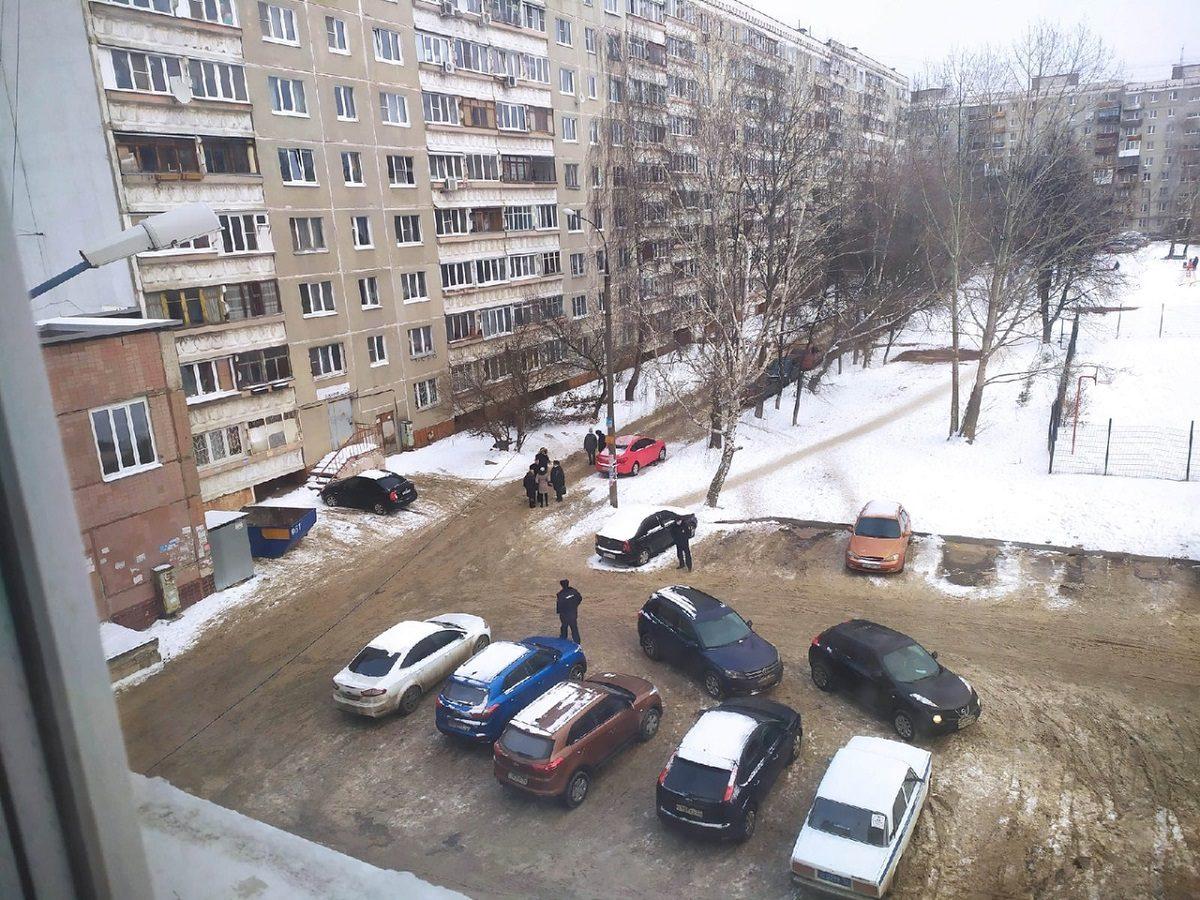 Тело подростка обнаружили рядом с домом в Нижнем Новгороде