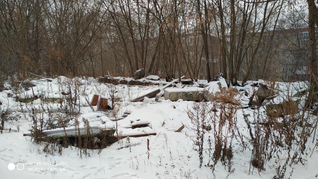 Стихийную свалку мусора на улице Генерала Ивлиева убрали в Нижнем Новгороде