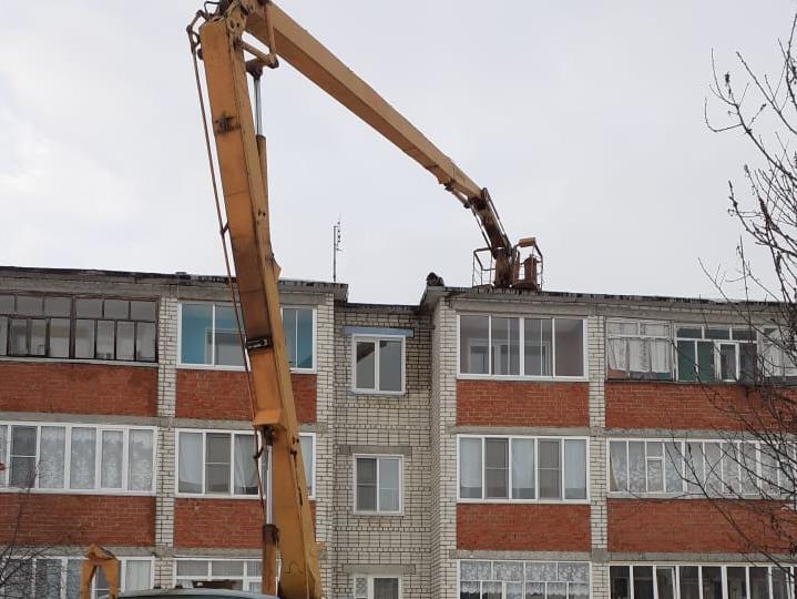 Крышу дома отремонтировали после визита судебных приставов