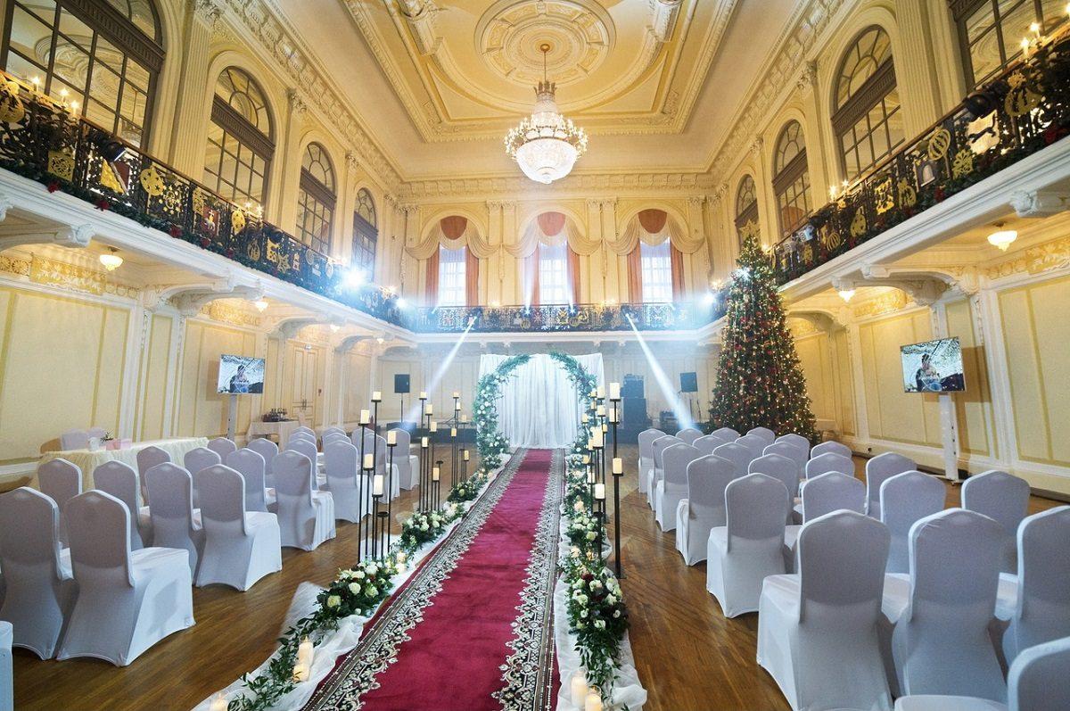 Влюблённые пары смогут пожениться на Нижегородской ярмарке