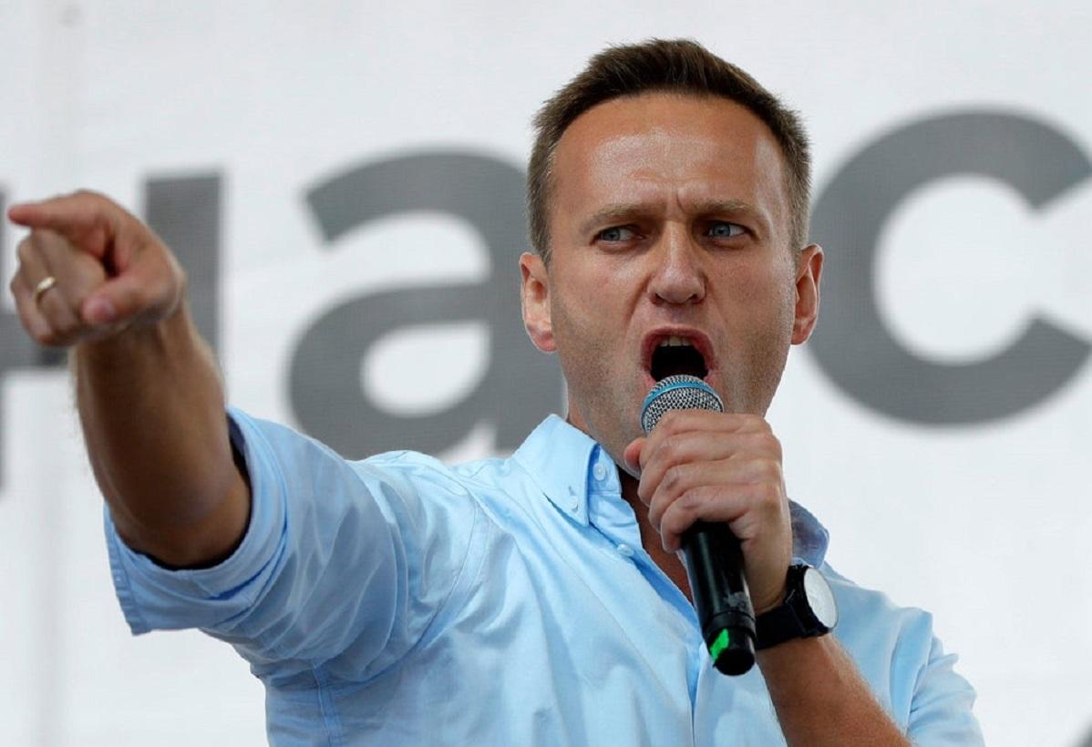 Алексей Навальный нахамил ветерану войны: разбираемся, чем вызвано вызывающее поведение оппозиционера