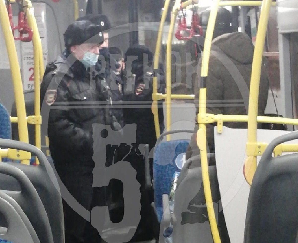 Нижегородцу грозит штраф за проезд в автобусе без маски