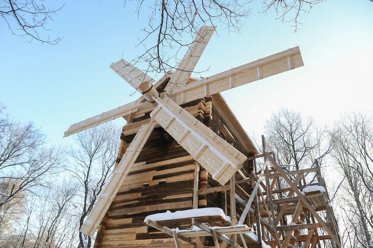Уникальной мельнице на Щёлоковском хуторе вернули исторический облик