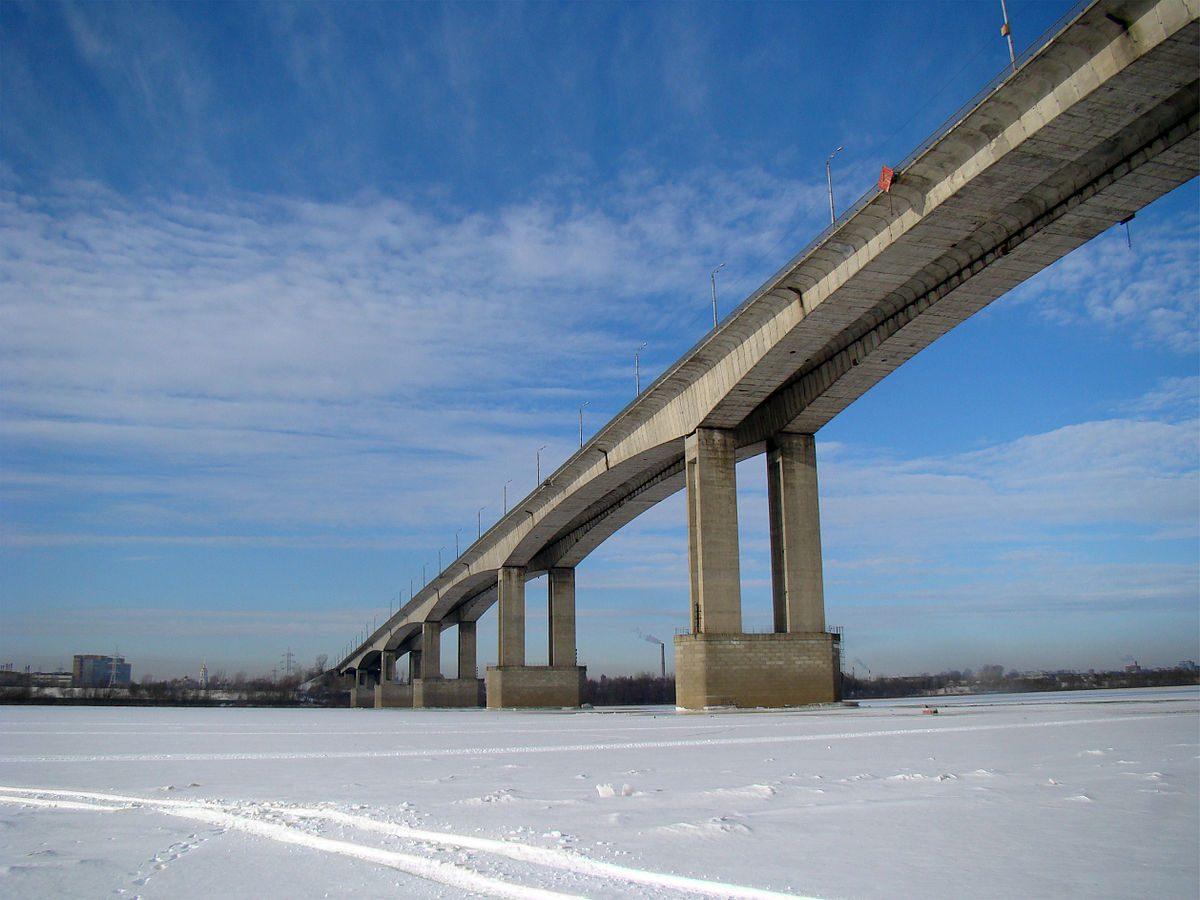 Тело мужчины обнаружили под Мызинским мостом в Нижнем Новгороде
