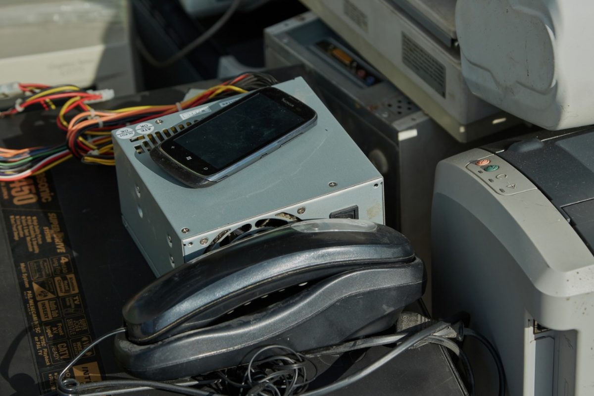 10 тонн электролома сдали нижегородские организации врамках программы «Школа утилизации: электроника»