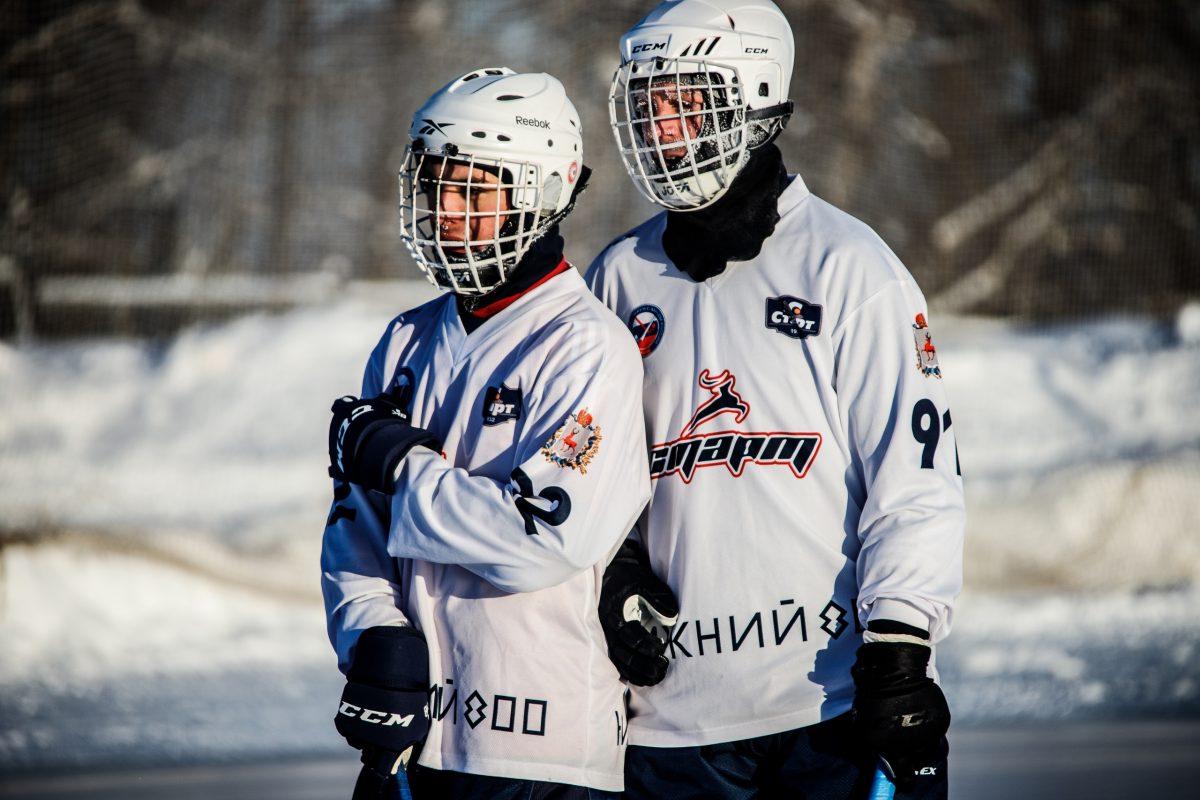 Хоккеисты «Старта» проиграли на выезде четвёртый матч подряд