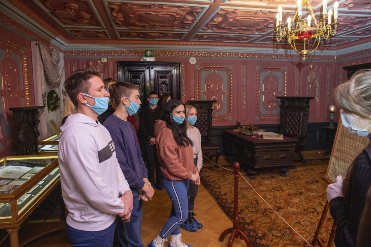 Благотворительные акции для детей прошли вУсадьбе Рукавишниковых иНижегородском театре оперы ибалета