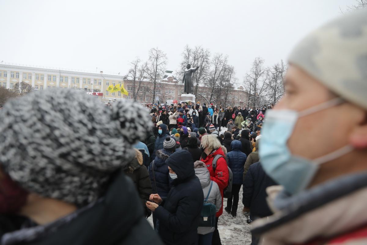 «Это большой шаг назад в борьбе с вирусом»: нижегородские депутаты и общественники просят воздержаться от участия в несанкционированных акциях