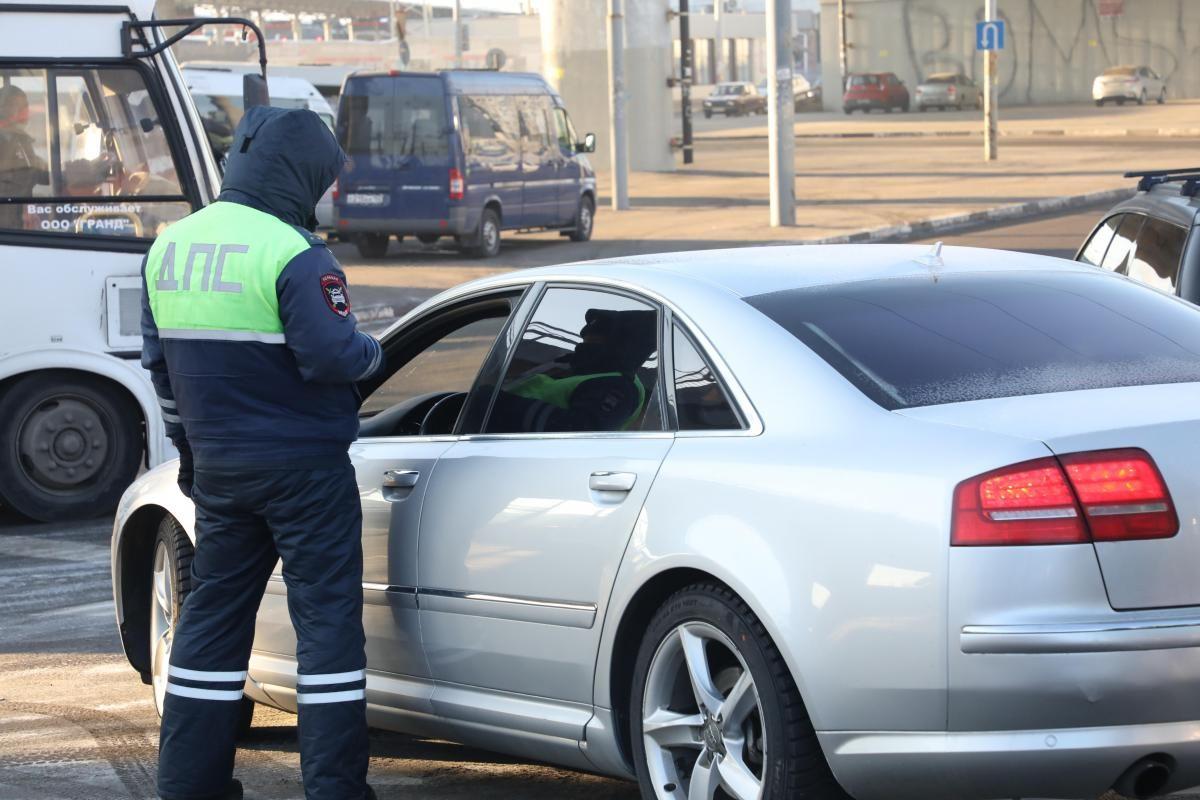 Более 2000 нижегородцев лишились водительских прав из-за долгов