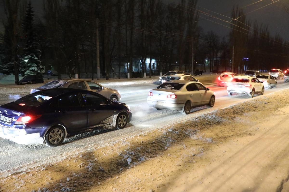 Вечерний апокалипсис: 10-балльные пробки образовались на дорогах Нижнего Новгорода