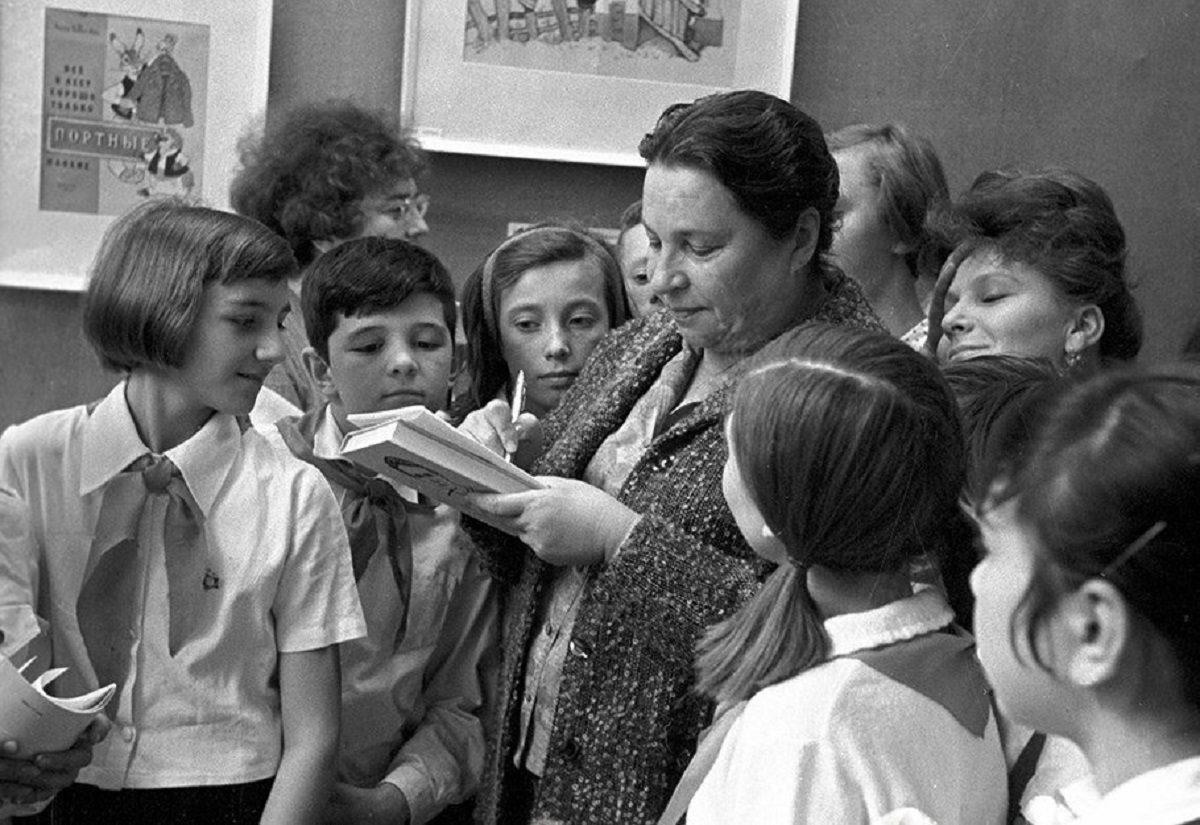 Огни Барто: почему не хотели печатать стихи знаменитой детской поэтессы