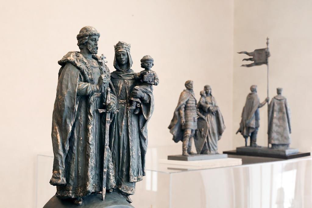 Нижегородцы могут проголосовать заоблик памятника князю Дмитрию Донскому иего жене княгине Ефросинии