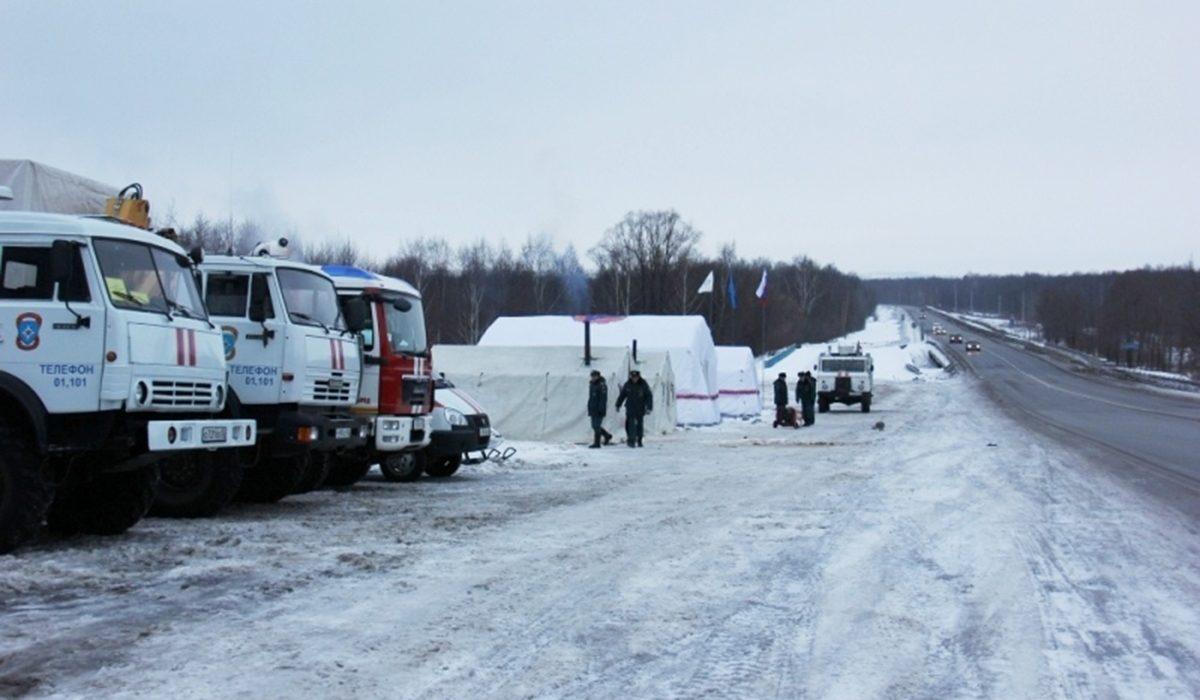 Спасатели МЧС разворачивают городки жизнеобеспечения на опасных участках дорог в Нижегородской области