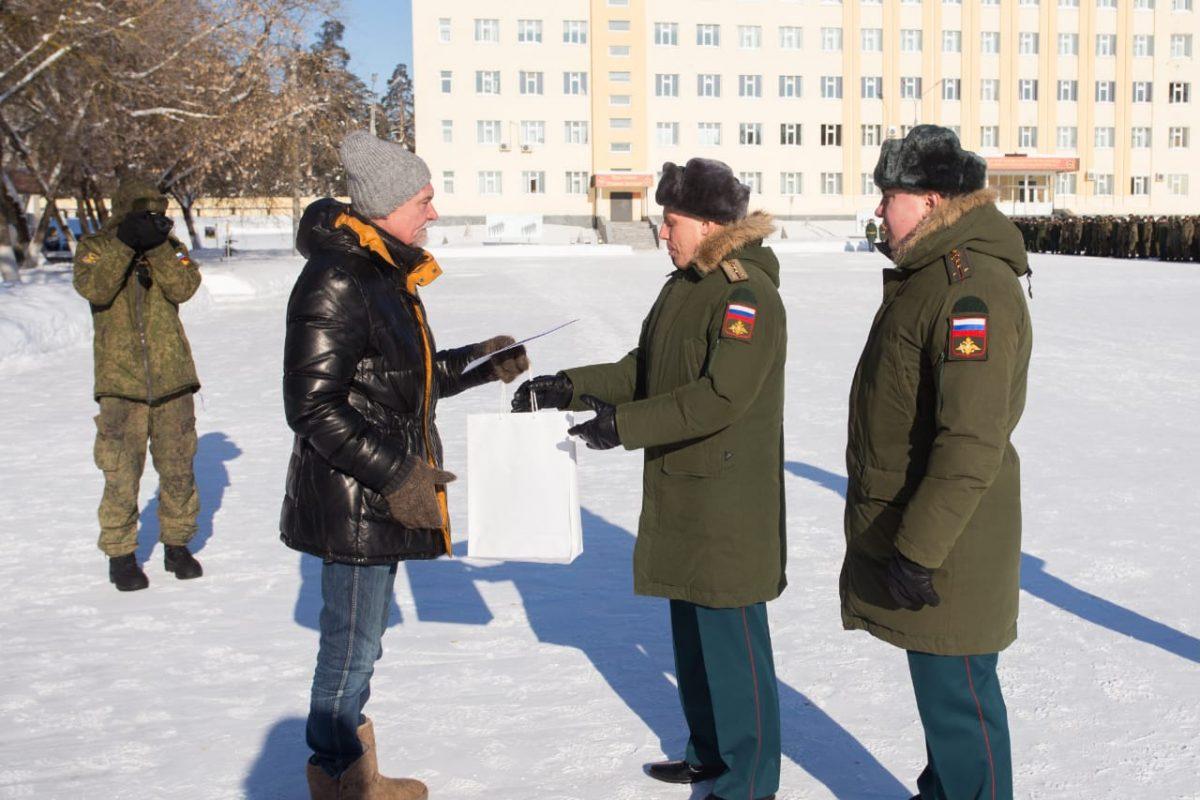 Экскурсию по воинской части провели для нижегородских юнармейцев