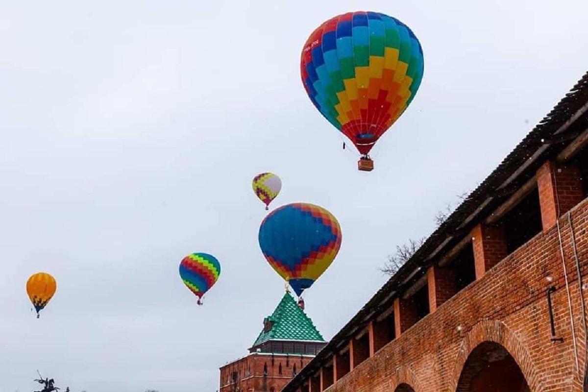 Воздушные шары кремль