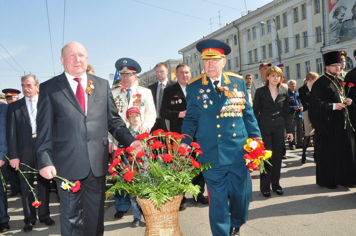 Председатель областного Совета ветеранов войны Юрий Емельянович Кирилюк отмечает свое 95-летие