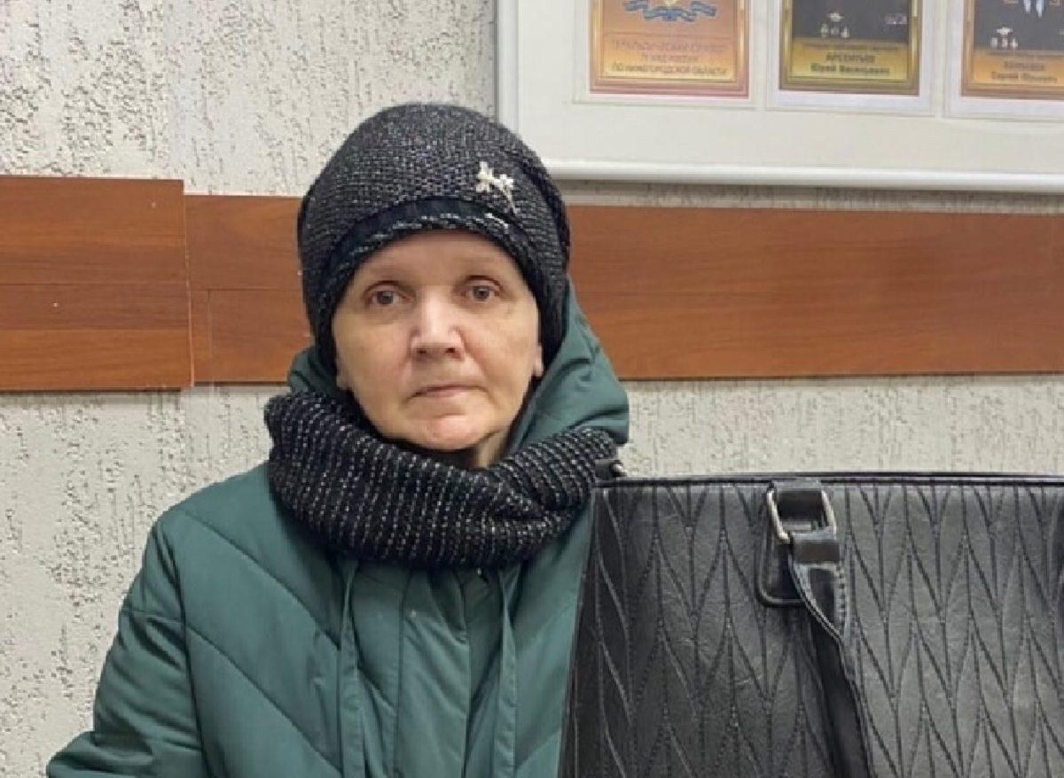 Срочно ищут родственников: в отдел полиции из больницы им.Семашко доставили женщину