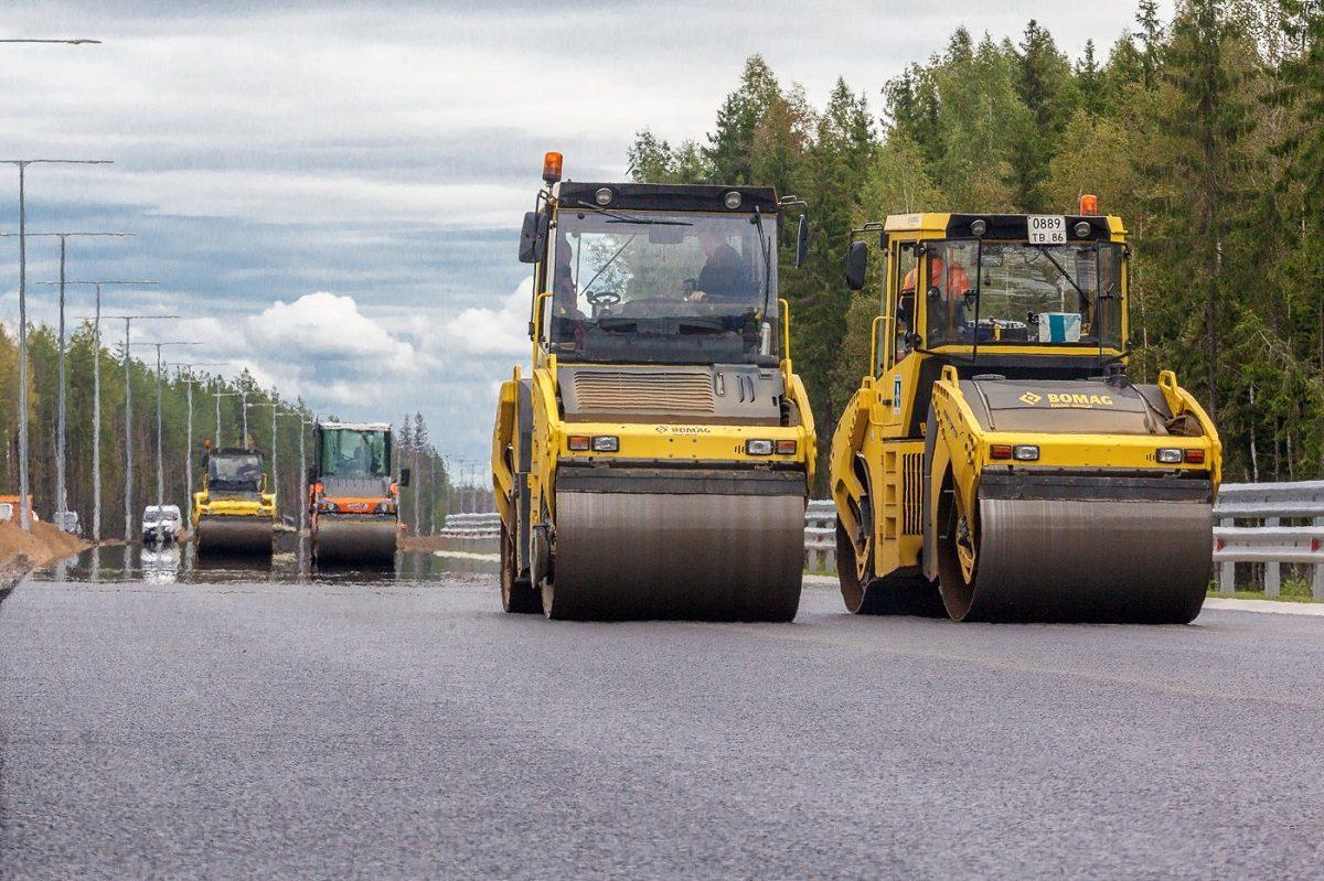 Новый способ управления техникой опробовали на строительстве дорог