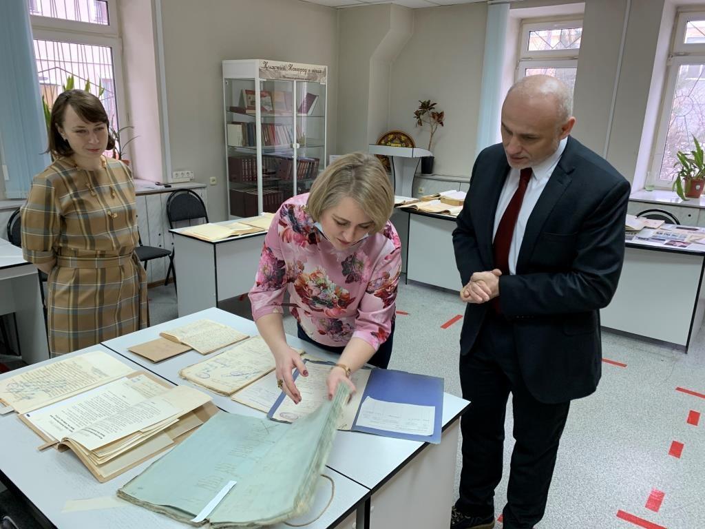 Представитель посольства Чехии вРФ ознакомился систорией 200-летнего сотрудничества его страны сНижегородской областью