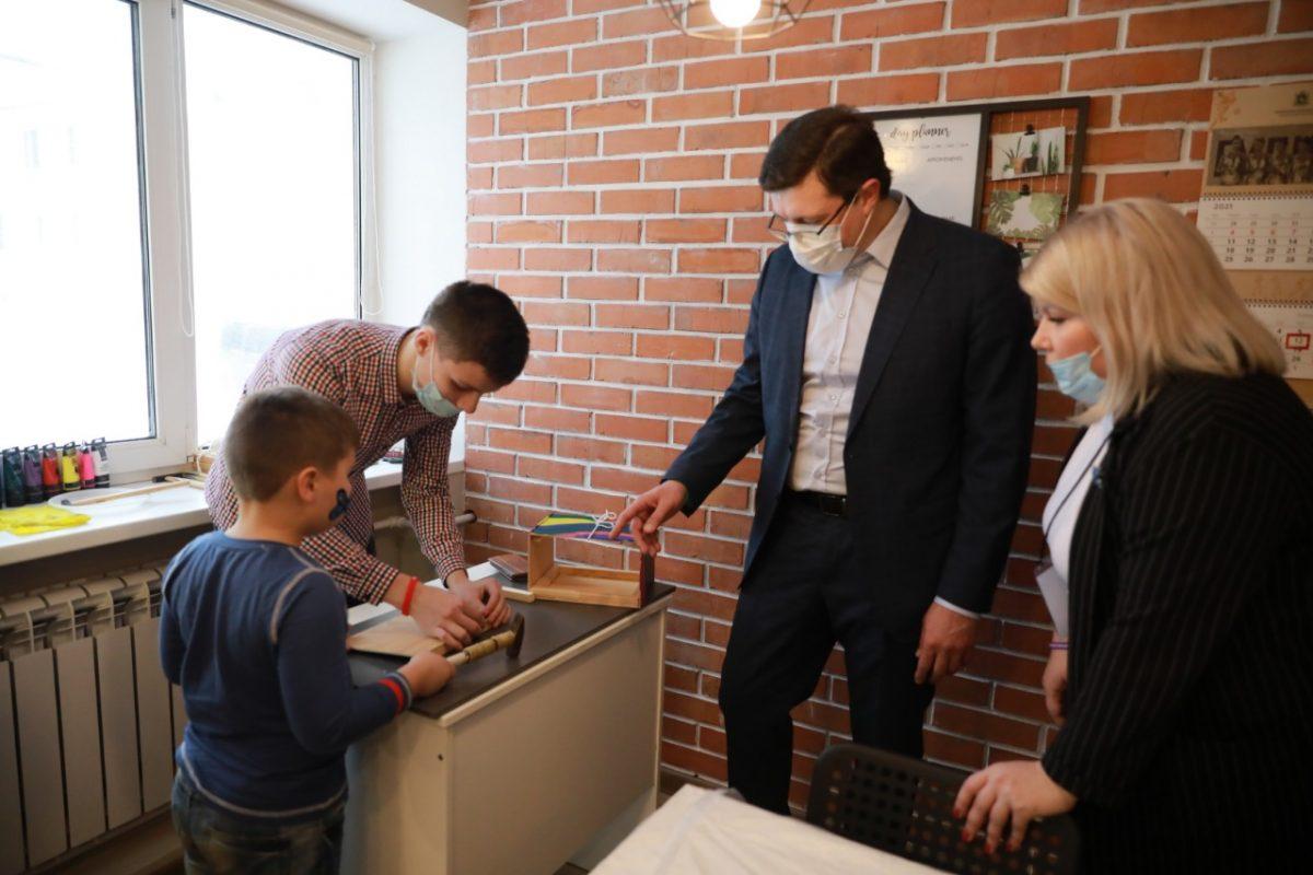 Глеб Никитин открыл центр наставничества для подростков «Хулиганодом»