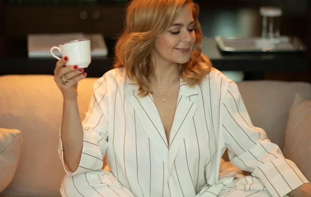 Ирина Пегова устроила фотосессию в пижаме