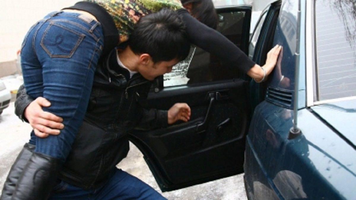 Любовь с принуждением: нижегородец устроил похищение девушки, не желавшей с ним встречаться