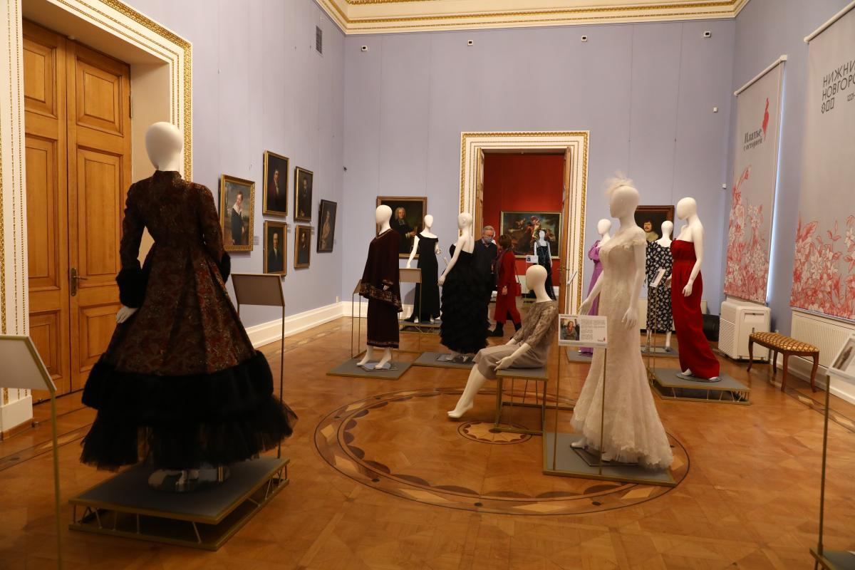 выставка платье с историей