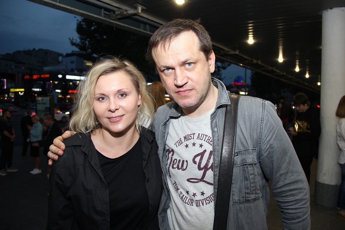 Актриса Яна Троянова рассталась с мужем