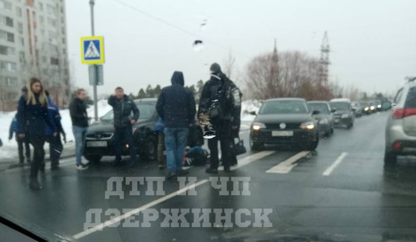 Неопытный водитель сбил ребёнка на «зебре» в Дзержинске