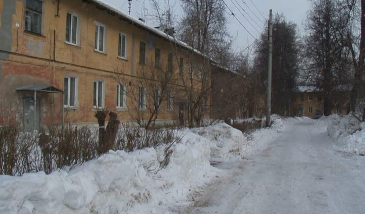 Домоуправляющая компания отремонтировала подъезд дома на улице Куйбышева в Нижнем Новгороде после вмешательства Госжилинспекции