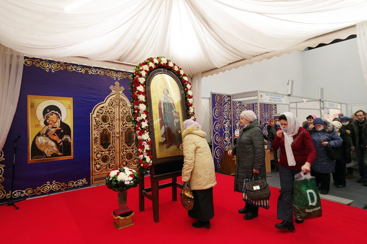 Икону с частицей мощей Александра Невского привезли на Нижегородскую ярмарку