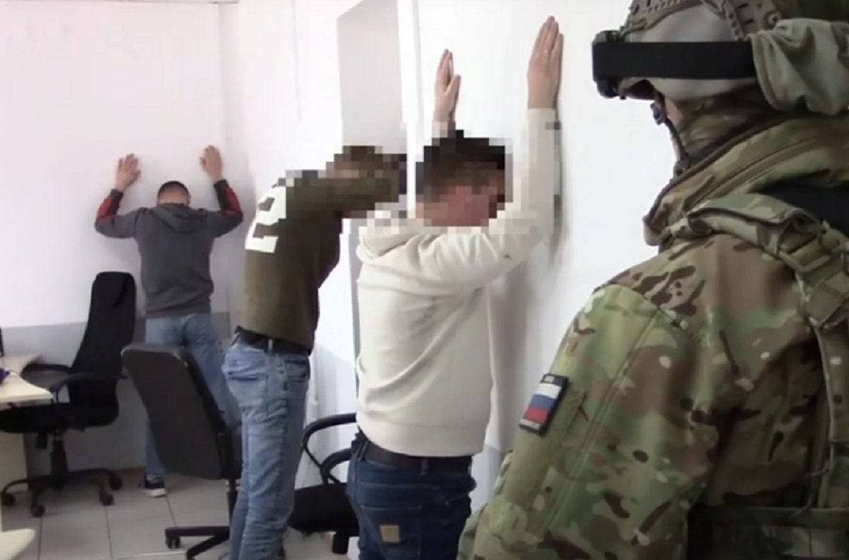 Банду кредитных мошенников задержали в Нижнем Новгороде