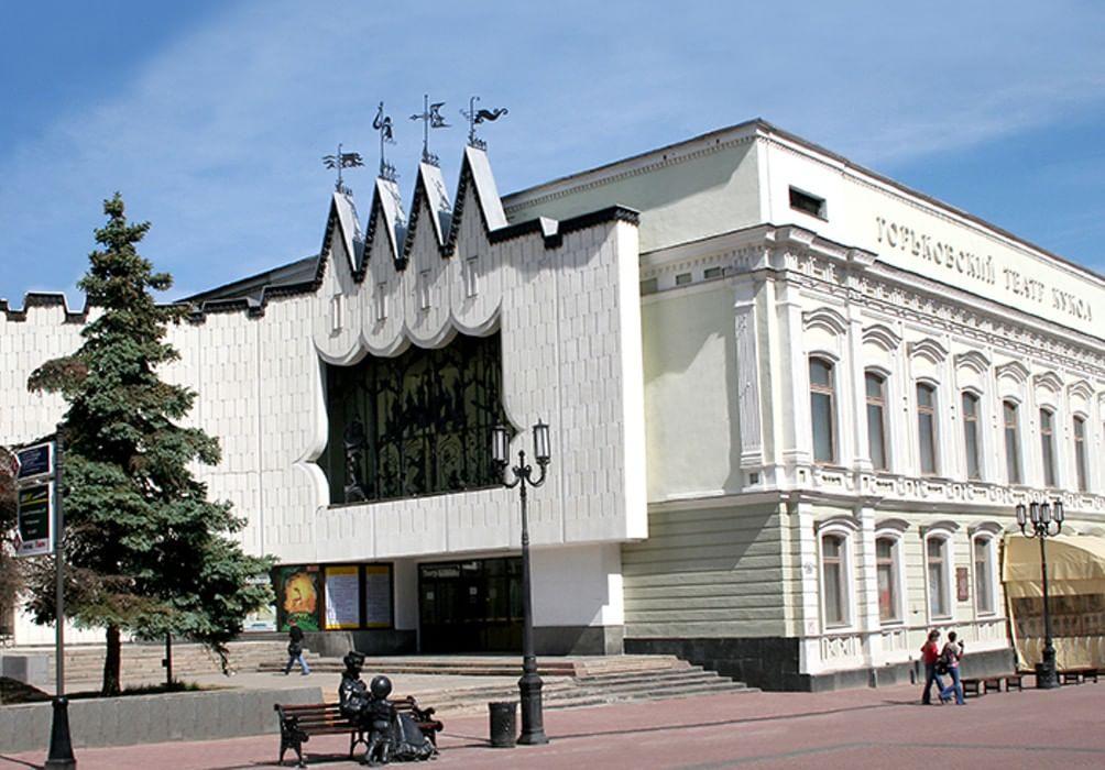 Дом с куклами: где вГорьком выступали Клавдия Шульженко иЛеонид Утёсов