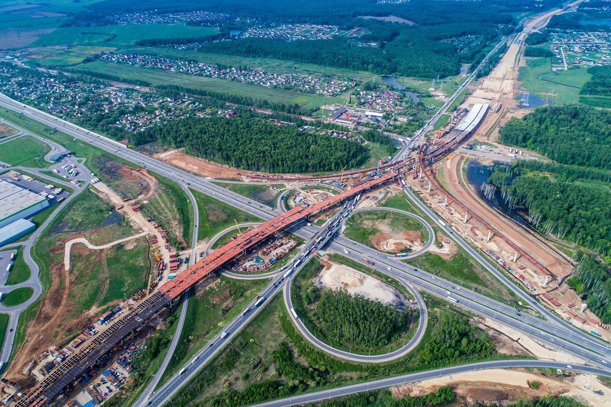 Более 70 километров дорог планирует ввести холдинг «Автобан» в 2021 году