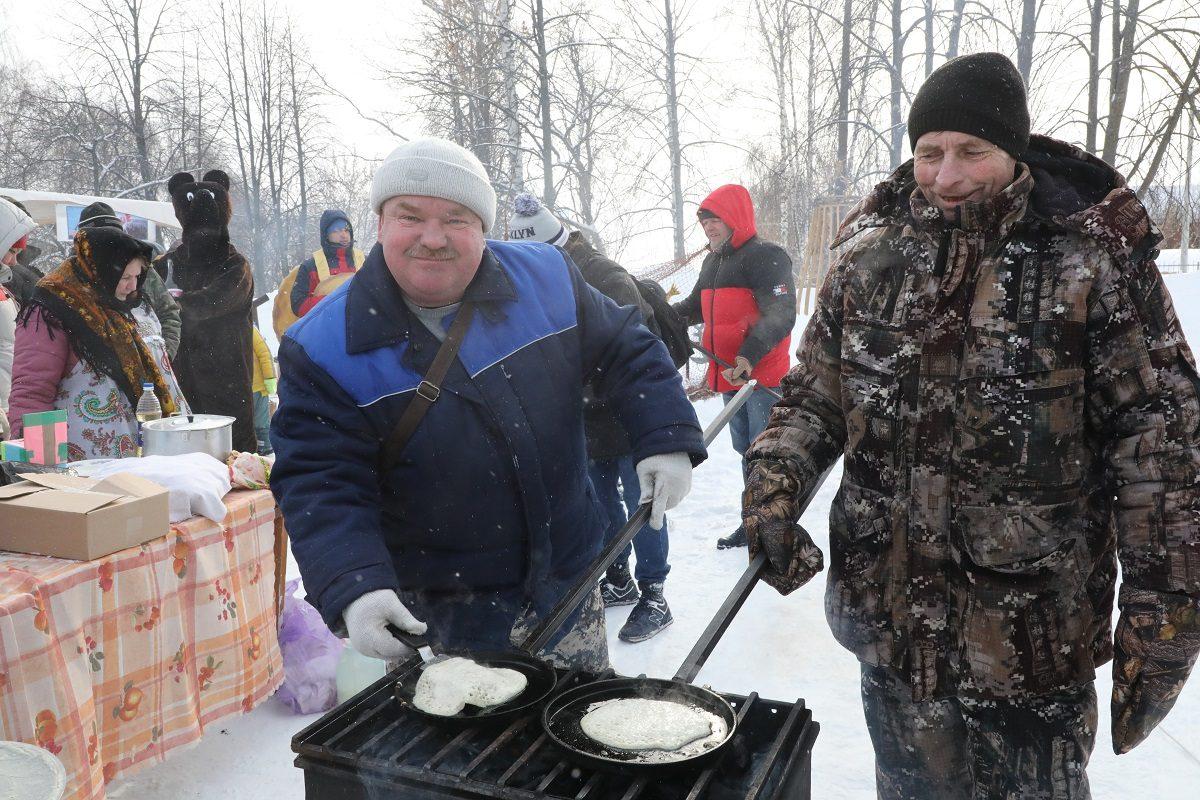 Нижегородские мужчины поделились лучшими рецептами для дам на 8 Марта