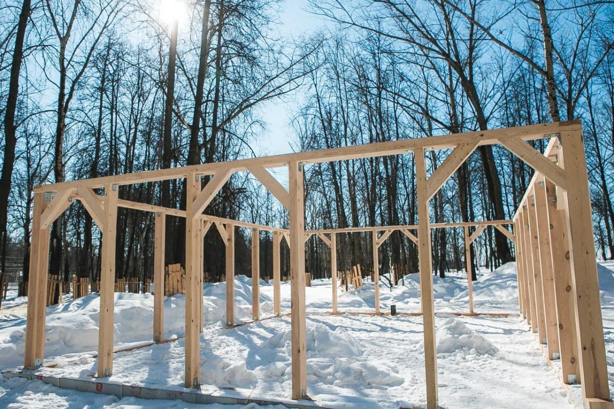 Монтаж каркаса второй Читальни завершен в нижегородском парке «Швейцария»