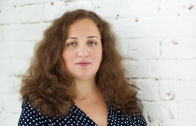 «Любое изменение может как забрать силы и ресурсы, так и дать их»: психолог Анна Митрофанова о том, как удаленка и самоизоляция изменили нашу жизнь за последний год