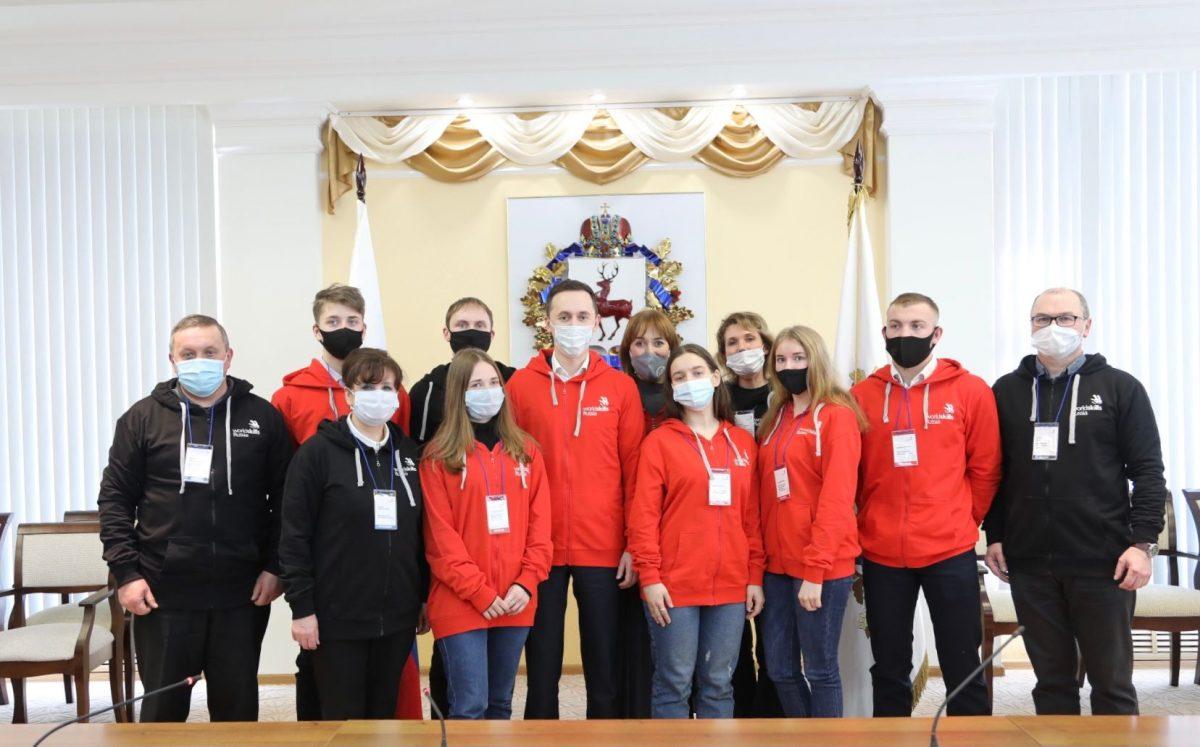 Призеров финала VIII Национального чемпионата «Молодые профессионалы» иихнаставников наградили вНижегородском кремле