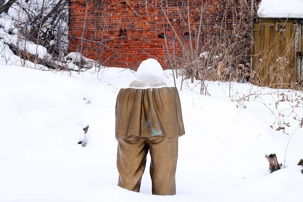 Мэрия Нижнего Новгорода пообещала решить вопрос с разобранным памятником Максиму Горькому