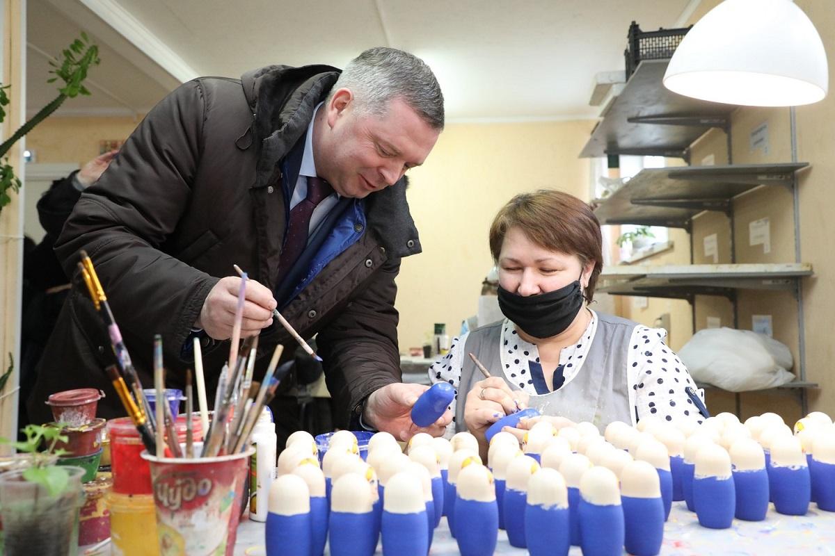 производству деревянных игрушек «Уланик» Максим Черкасов