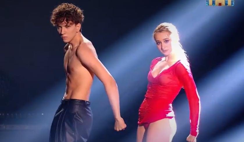 Нижегородка Ксения Горячева покорила судей на шоу «Танцы»