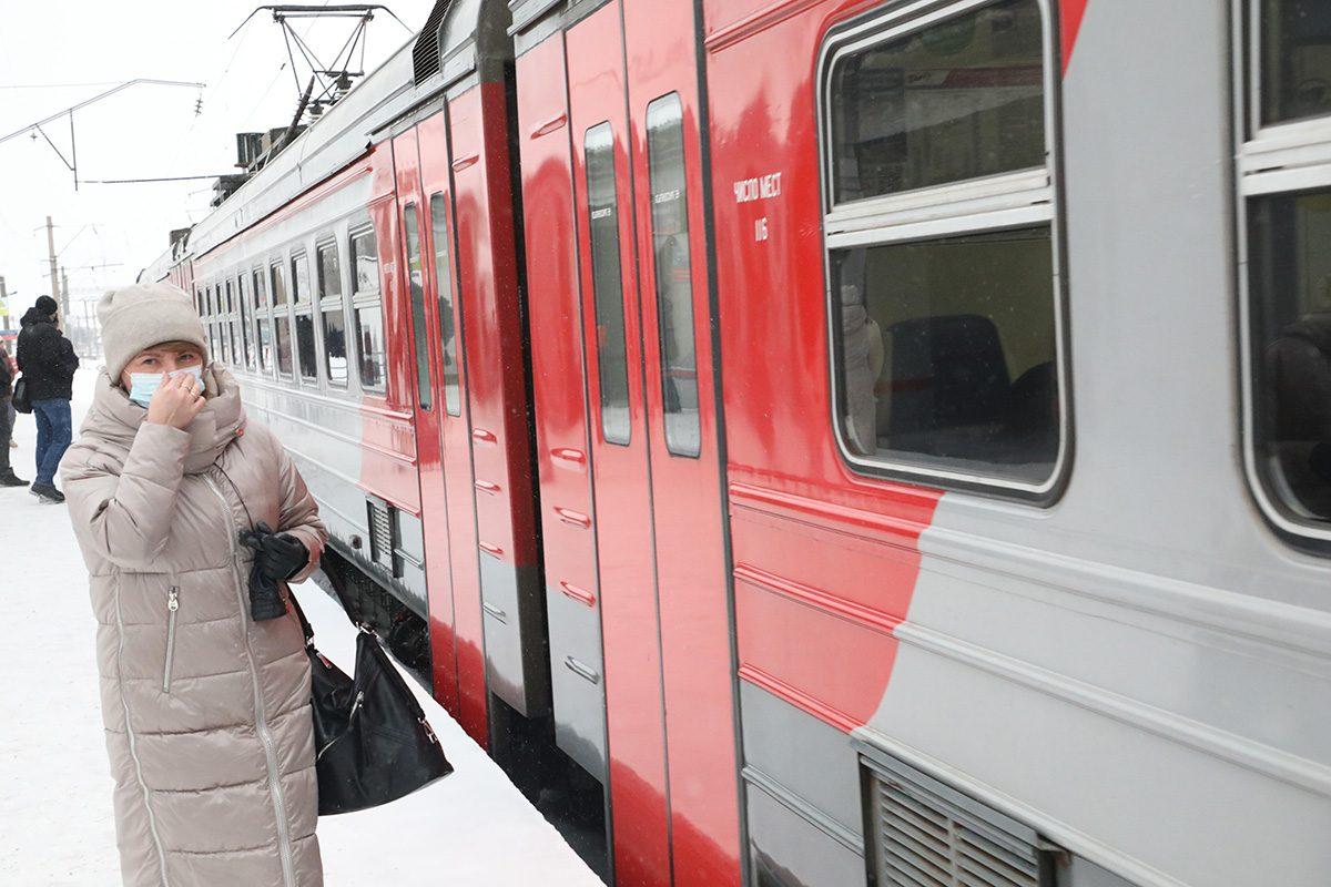 Нижегородским медикам и волонтерам продлили бесплатный проезд в электричках